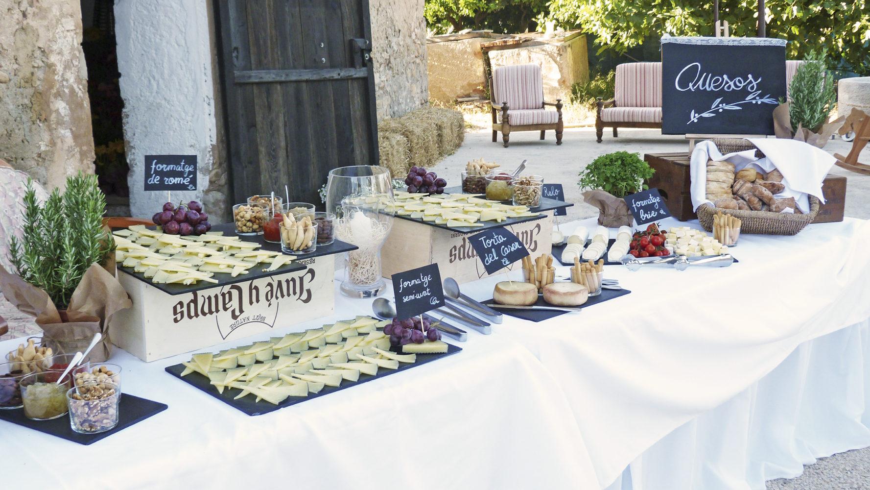 Buffet de quesos by Plat a taula CATERING Tarragona